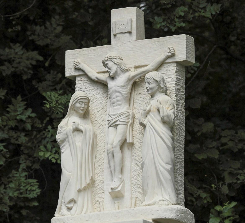 Marijin put: Žalosna otajstva, V. postaja - Razapinjanje i smrt Gospodina našega Isusa Krista