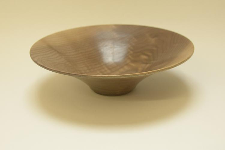 Tony King. Walnut bowl 154