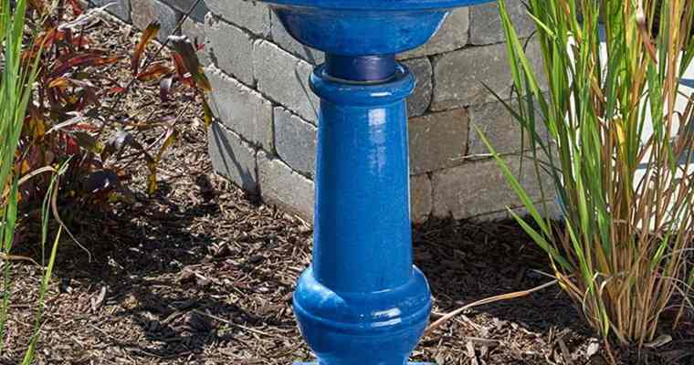 Advantages and Disadvantages of Combination Birdbaths and Fountains