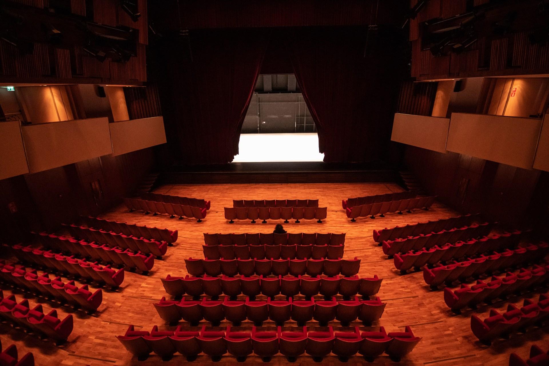 eden-danza-per-uno-spettatore-teatro-stabile-intervista-bolzano-danza