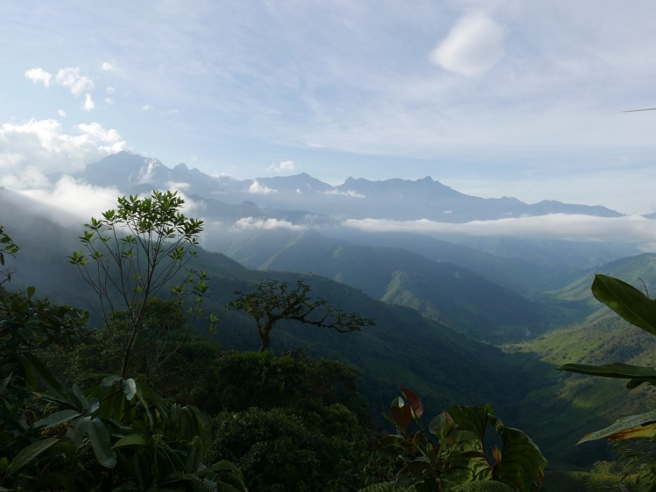 View of the surrounding mountains from Las Tangaras