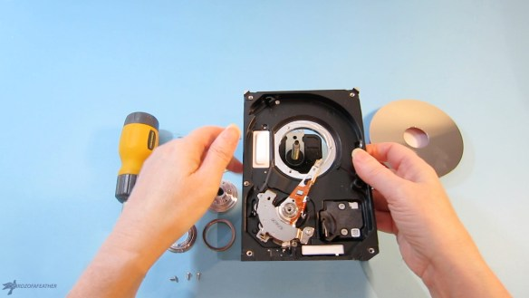 Upcycle a hard drive into a one of a kind clock | Birdz of a Feather | hard drive clock | hard drive clock diy | clocks | clocks diy | upcycle | upcycling | upcycling ideas | upcycled | repurposed | repurposed items |bridzofafeather.ca #upcycle #upcycling #repurposed