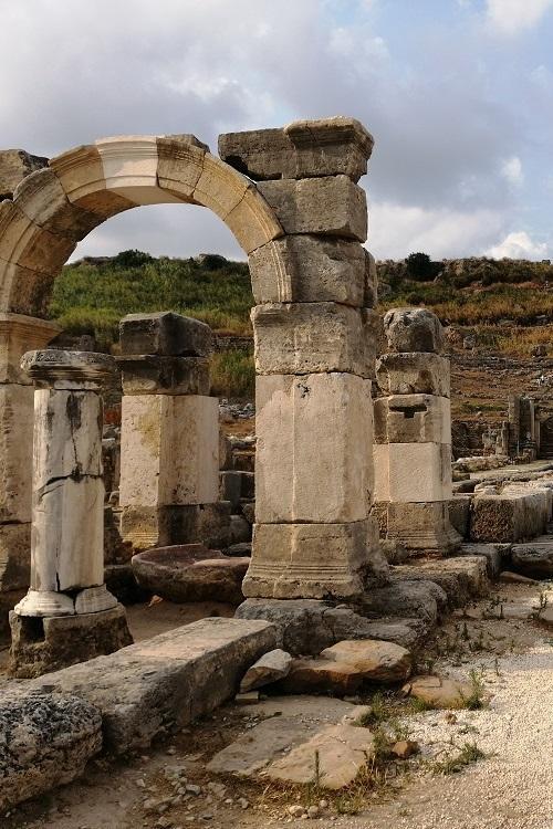 Perge Antalya En Güzel Antik Kenti