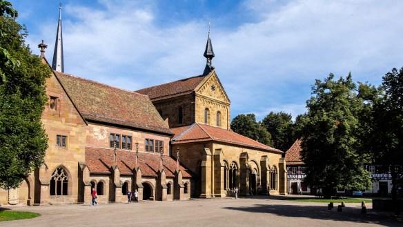 monastery-1920129_1920