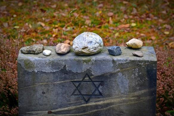 tombstone-1735443_1920