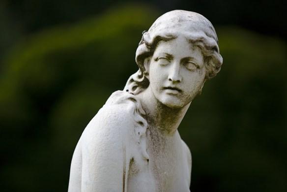 statue-3691929_1920