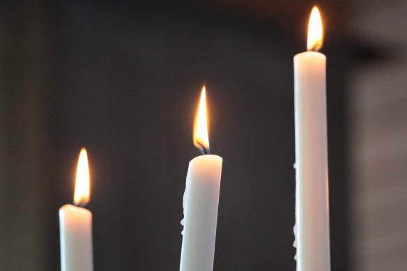 candles-4317726_1920