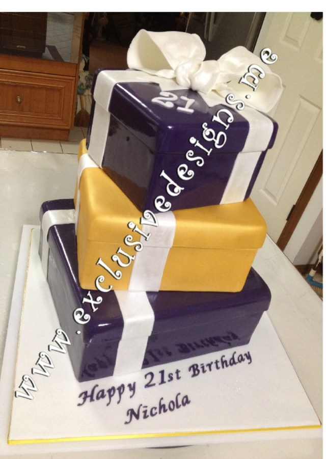 21St Birthday Cakes For Her Special Occasion Novelty Cakes