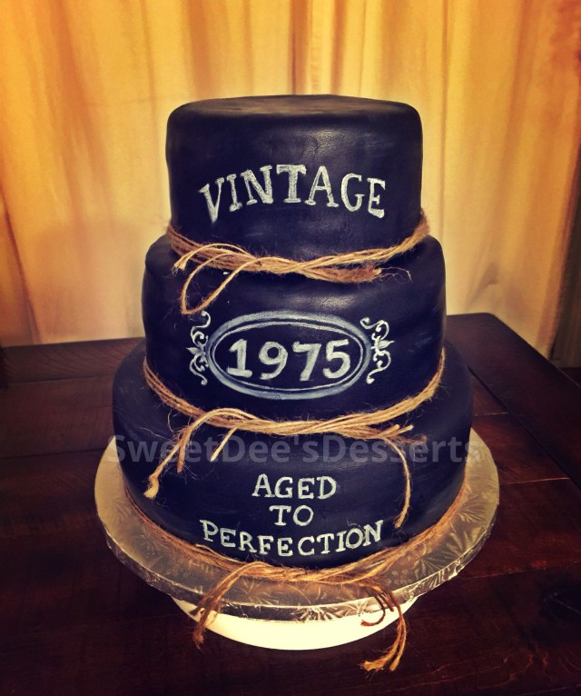 40Th Birthday Cake Ideas For Him Vintage Whiskey 40th Aged To Perfection Cake Party Over Here