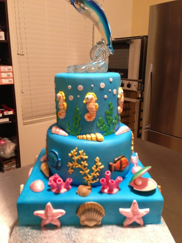 7 Year Old Birthday Cake Birthday Cake For My 7 Year Old Gum Paste Seahorses Shells And Fish
