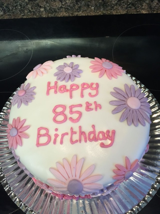 85Th Birthday Cake 85th Birthday Cake Cakes Pinterest Cake Birthday Cake And