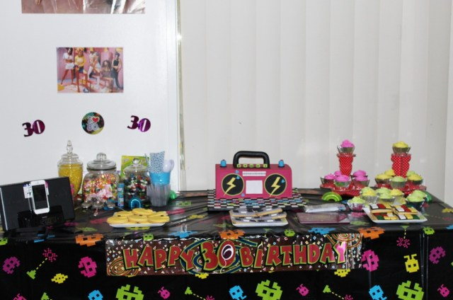 90S Birthday Cake Back To The 80s And 90s My Sisters 30th Birthday Im Just Trying