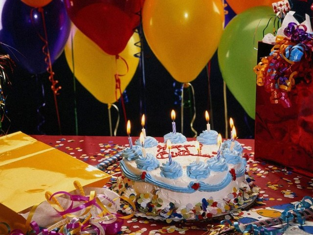 Birthday Cake And Balloons Birthday Cakes With Candles And Balloons Hd Wallpaper Background Images