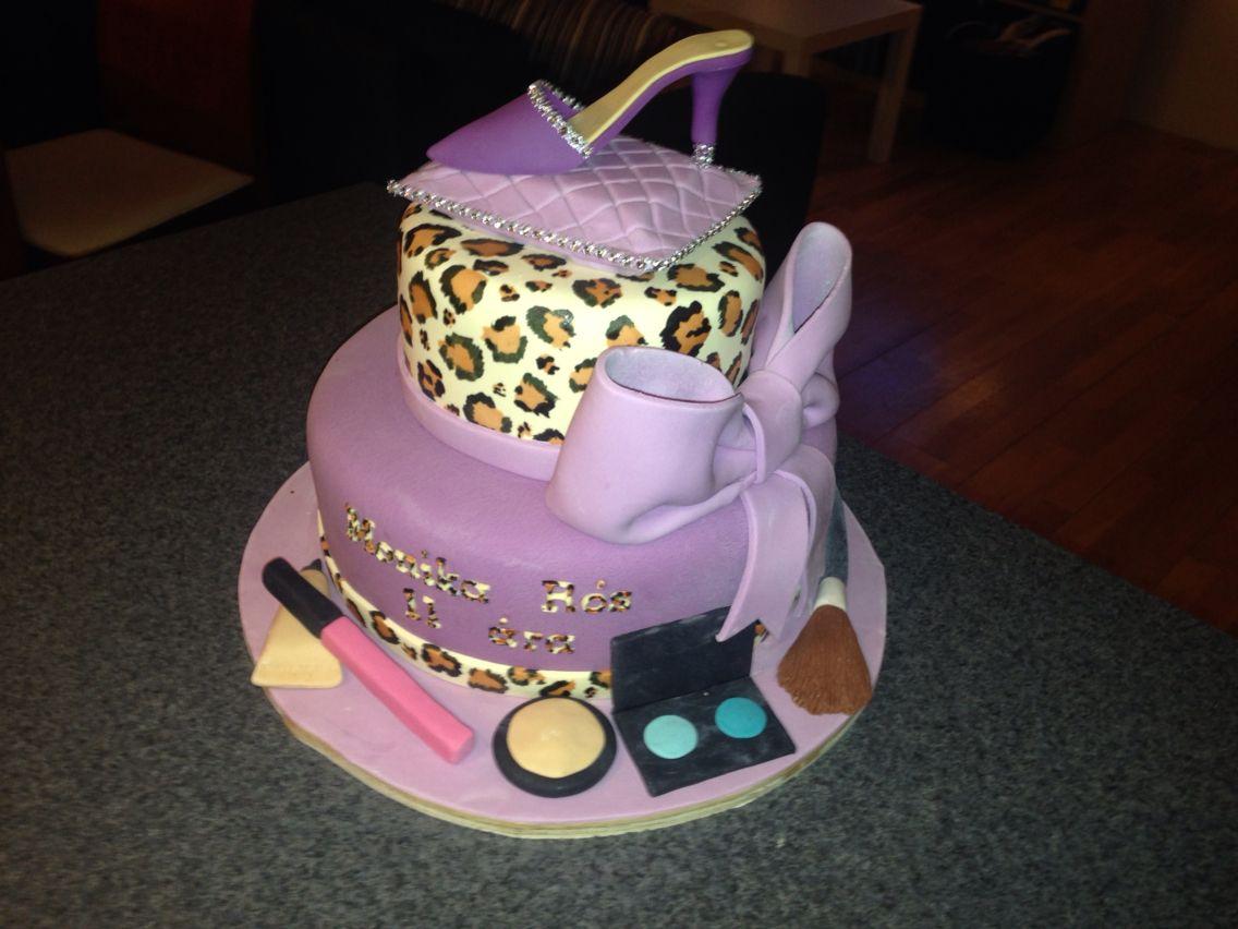 Stupendous Birthday Cakes For 11 Year Olds Birthday Cake For A 11 Year Old Personalised Birthday Cards Veneteletsinfo