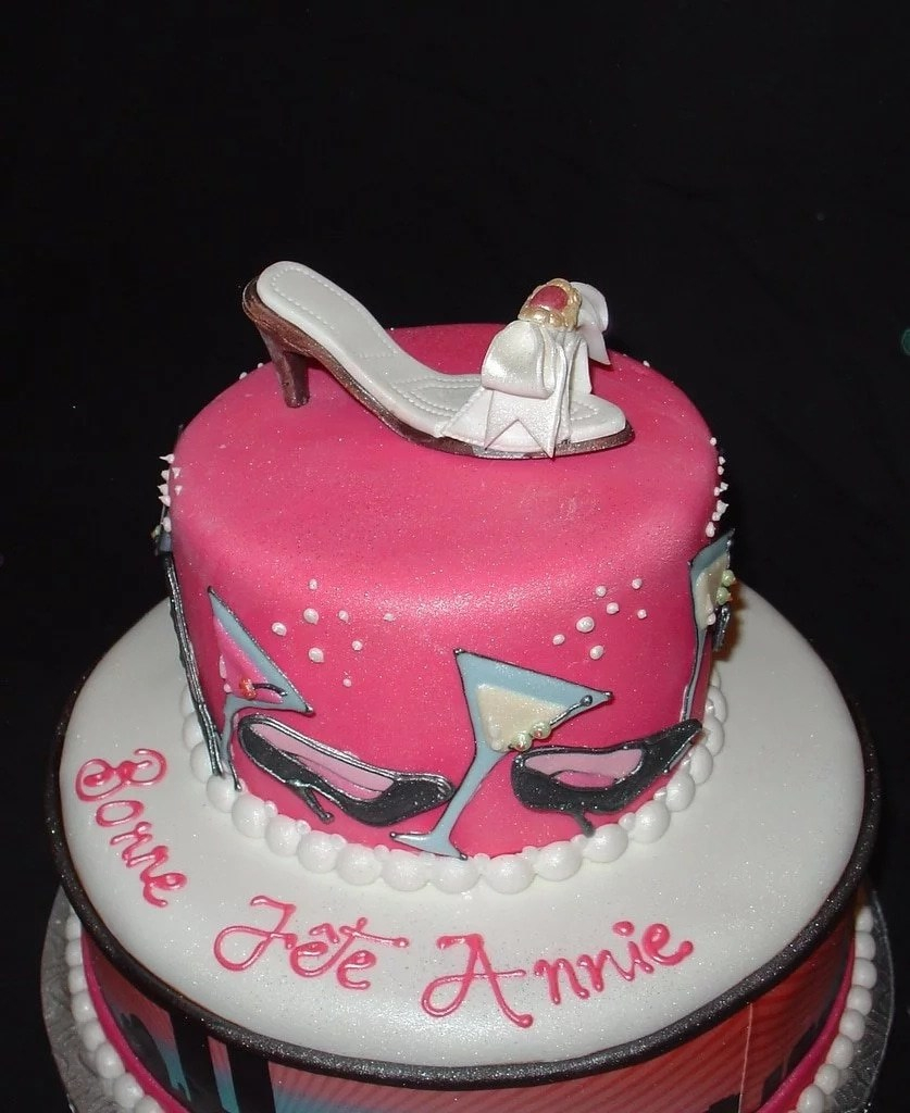 Birthday Cakes For Ladies Beautiful Birthday Cakes For Ladies With Names Legitng
