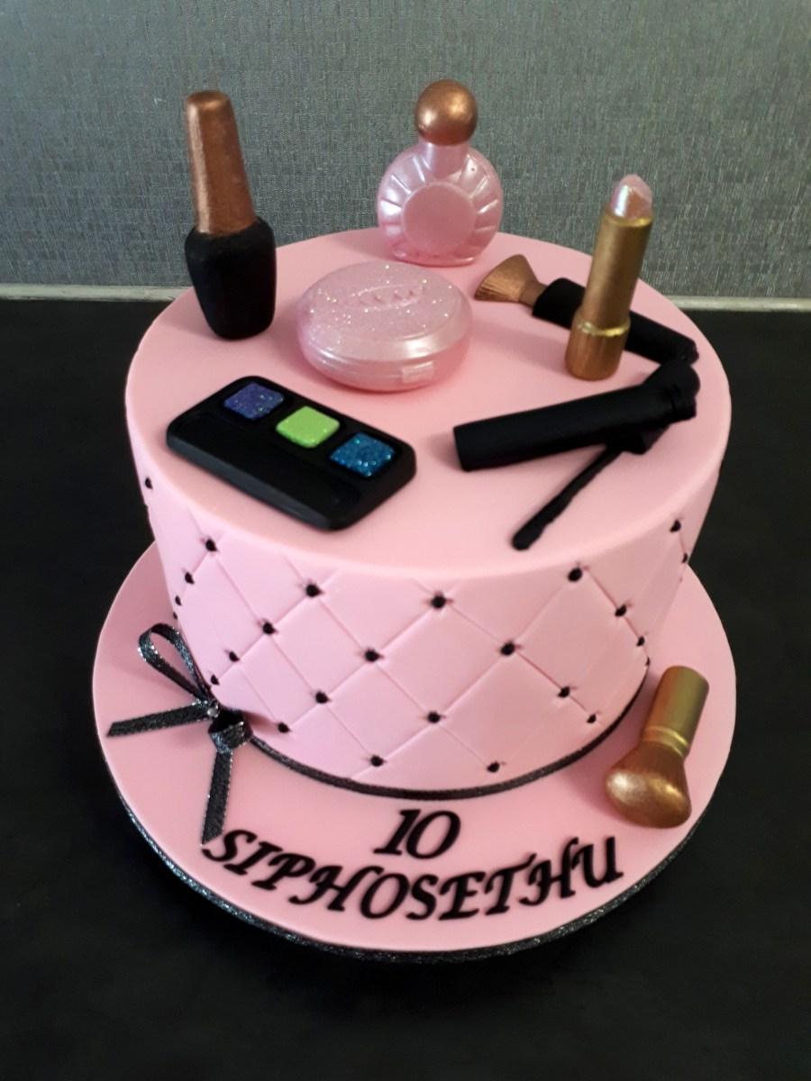 Birthday Cakes For Ladies Birthday Cakes Exquisite Cakes