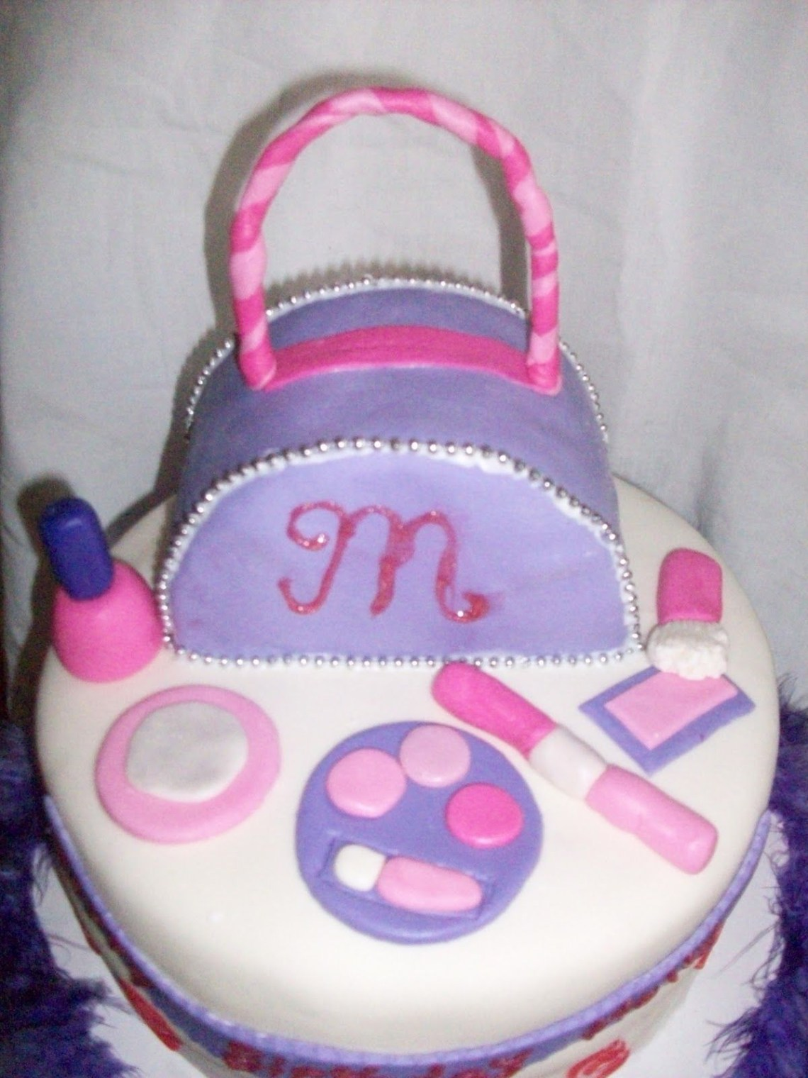 Groovy Cake For Small Girls The Cake Boutique Funny Birthday Cards Online Elaedamsfinfo