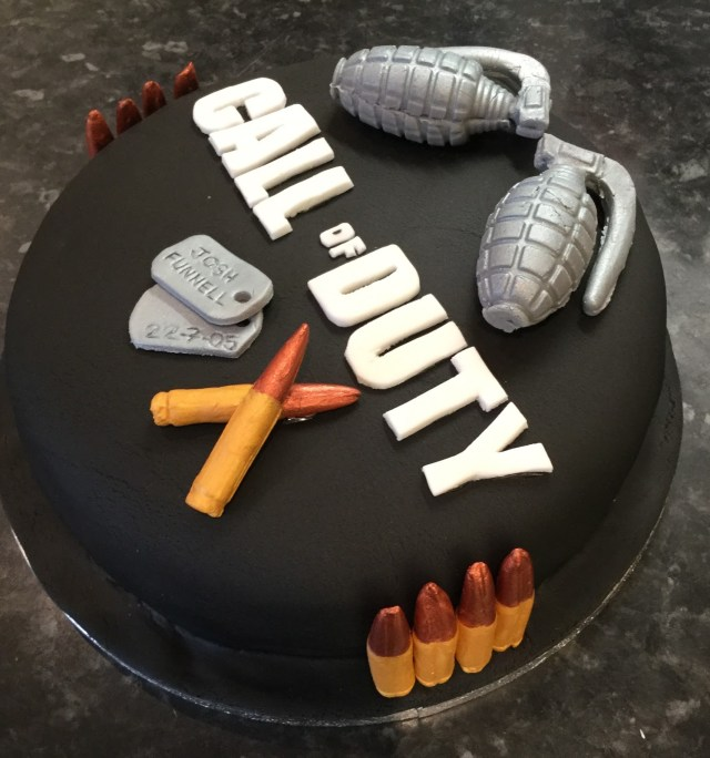 Call Of Duty Birthday Cake Emmas Cakes For Fun The Call Of Duty Birthday Cake