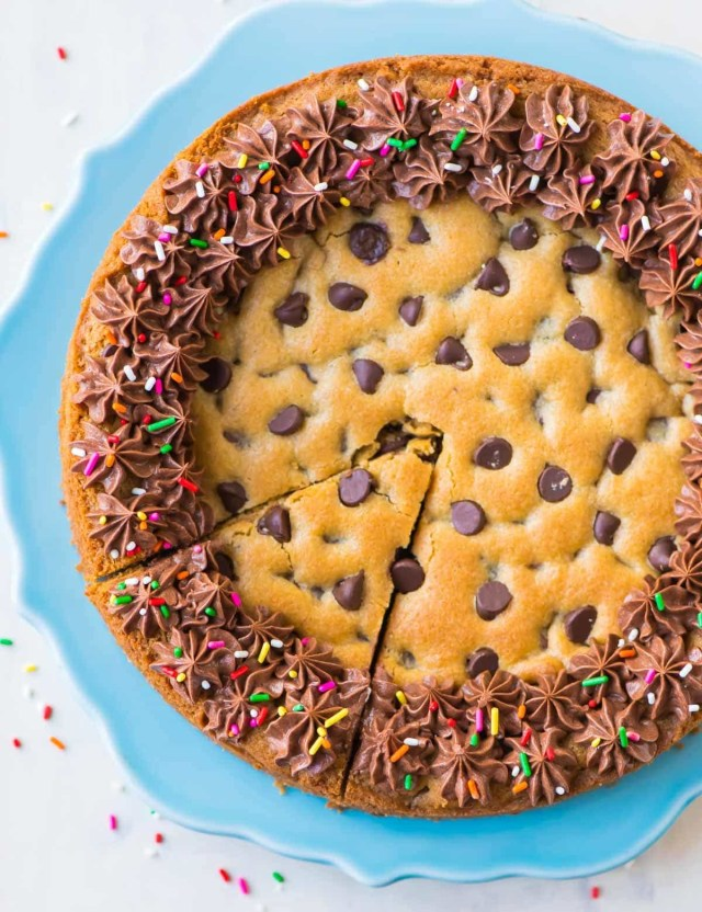 Cookie Birthday Cake Chocolate Chip Cookie Cake Recipe With Chocolate Fudge Frosting