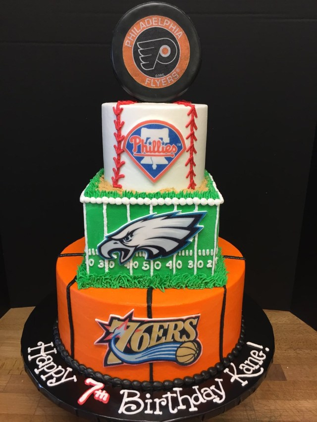 Eagles Birthday Cake Birthday Tier Cakes Delaware County Pa Sophisticakes
