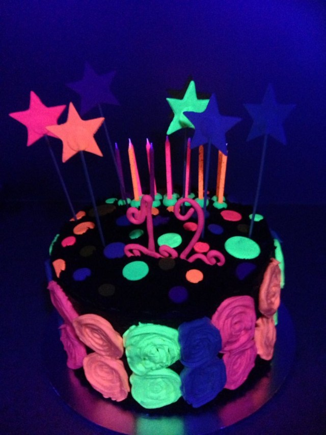 Glow In The Dark Birthday Cake Glow In The Dark Cake Made For Bris 12th Birthday Birthday