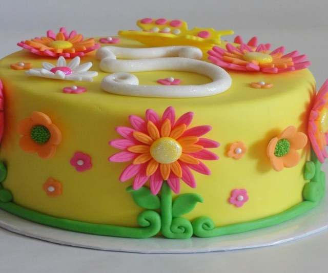 Happy Birthday Cake And Flowers Chic Of Flower Cakes Decorationideas