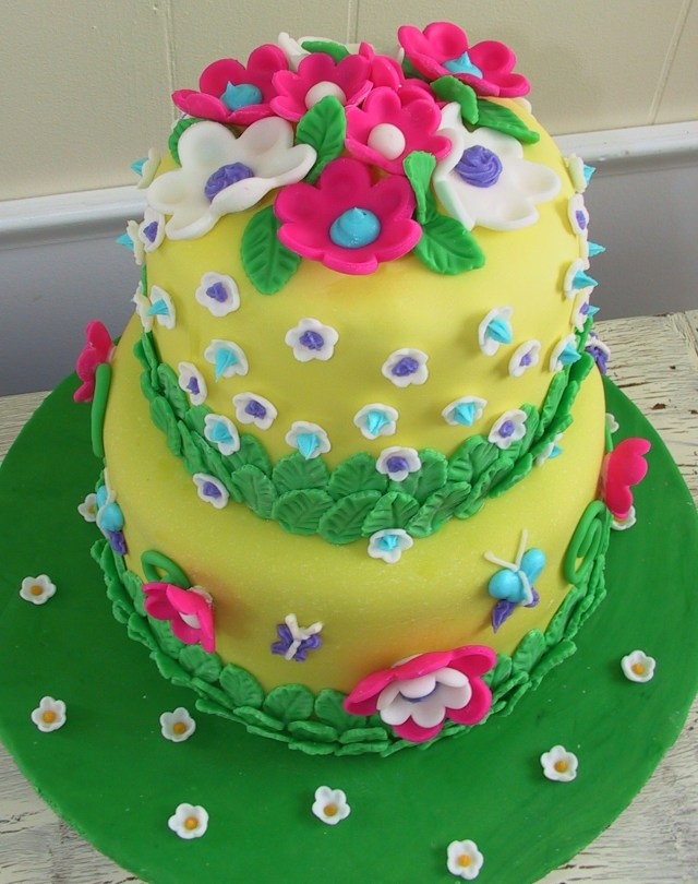 Happy Birthday Cake And Flowers Flower Cakes Decoration Ideas Little Birthday Cakes