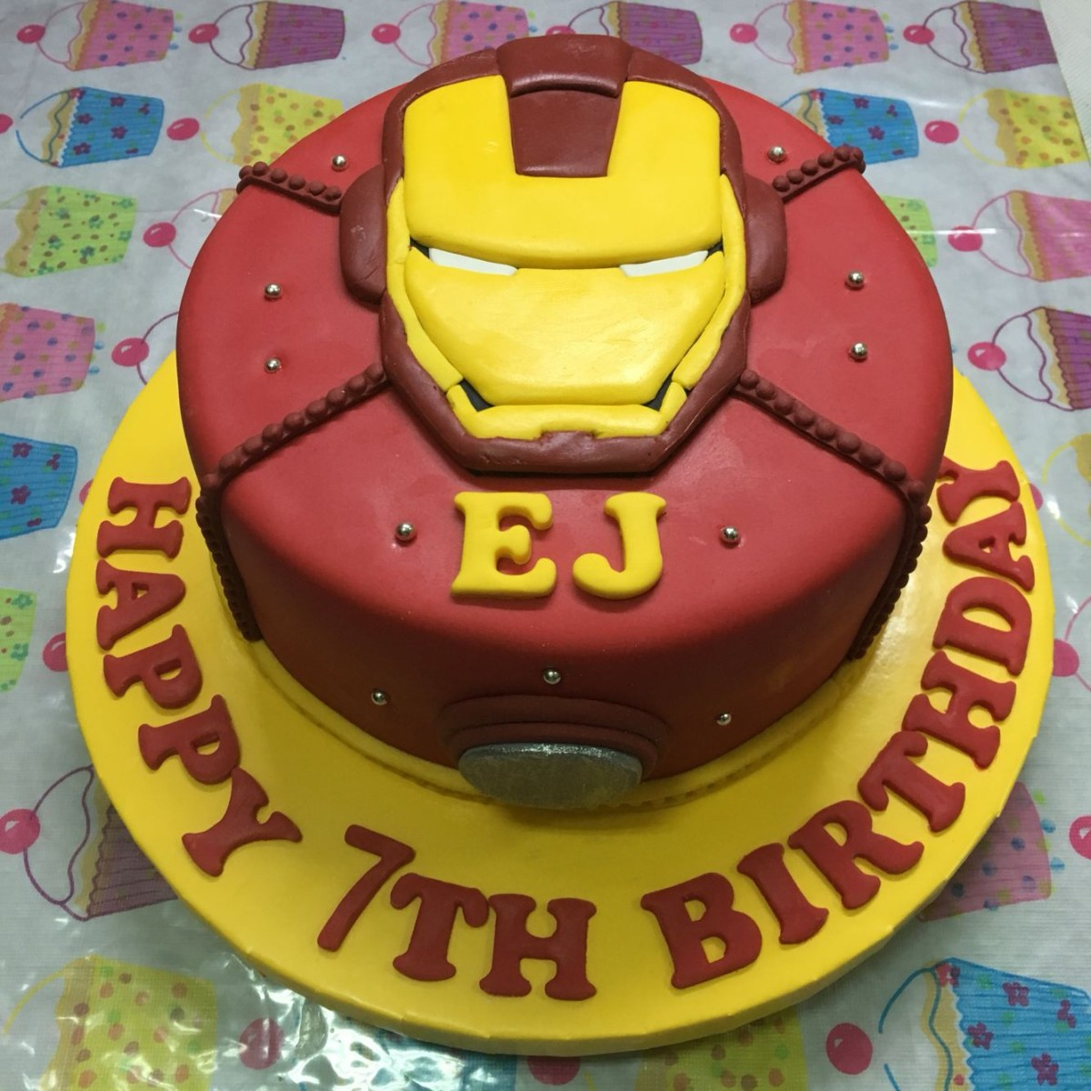 Awe Inspiring Iron Man Birthday Cake Our Very Own Ironman Cake For Ejs 7Th Bday Personalised Birthday Cards Epsylily Jamesorg