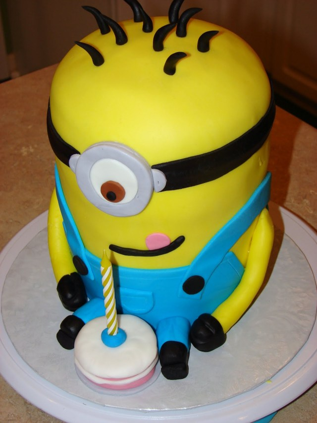 Minion Birthday Cake Images Minion Cakes Decoration Ideas Little Birthday Cakes