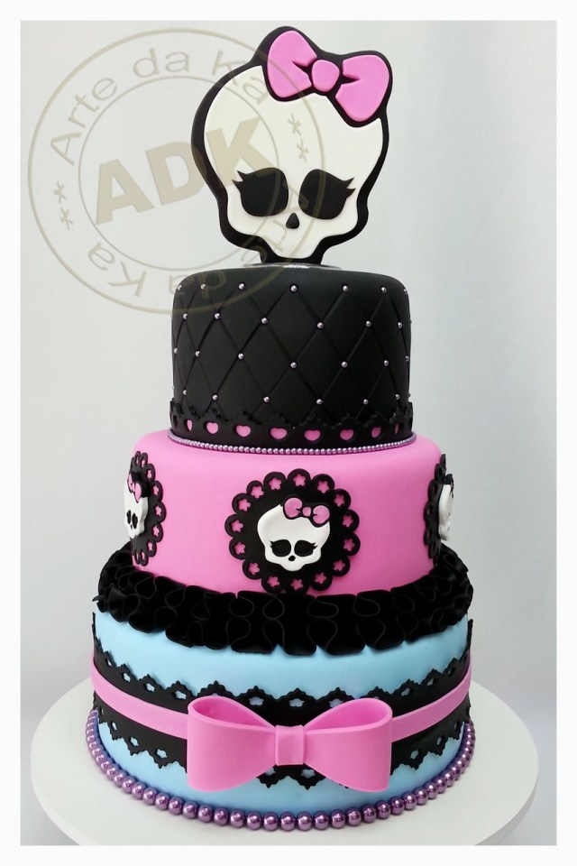 Monster High Birthday Cakes Theretroinc On Etsy Cake 4 Kids Monster High Cakes Monster High