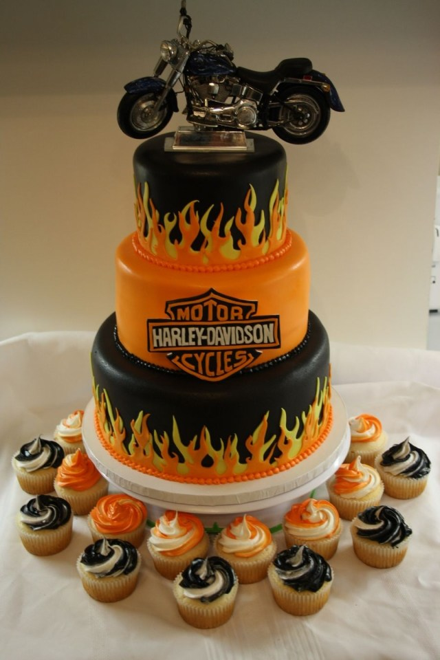 Motorcycle Birthday Cake 40 Biker Birthday Cakes That Will Make You Feel Better About Getting