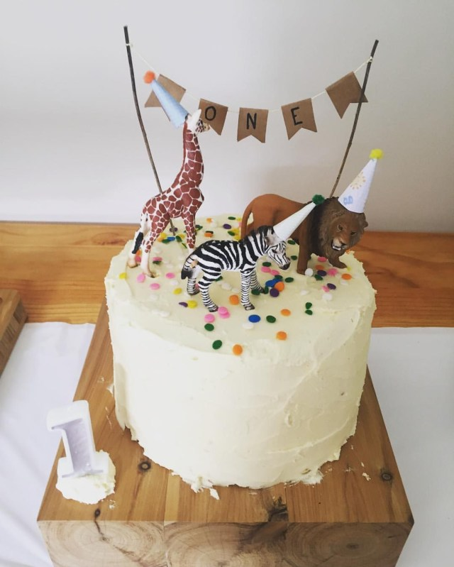 Super 30 Awesome Photo Of Simple Birthday Cakes Birijus Com Funny Birthday Cards Online Inifodamsfinfo