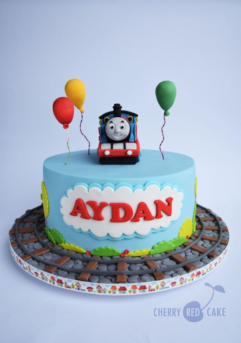 Pleasing Thomas The Train Birthday Cakes Thomas The Tank Engine Cake Thomas Funny Birthday Cards Online Sheoxdamsfinfo