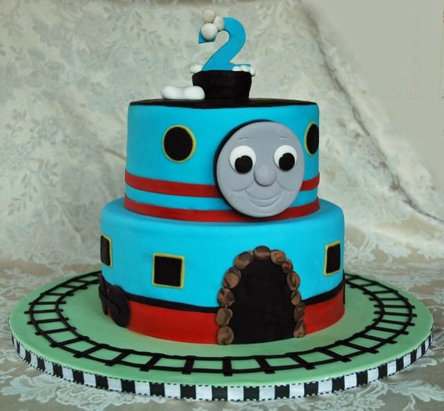 Thomas The Train Birthday Cakes Thomas The Train Birthday Cake Www1gateau Gteau Distinctive