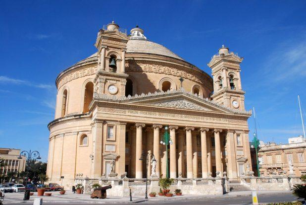 Mosta-Dome-shutterstock_41165608