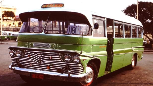 bus-363242_1920 (1)
