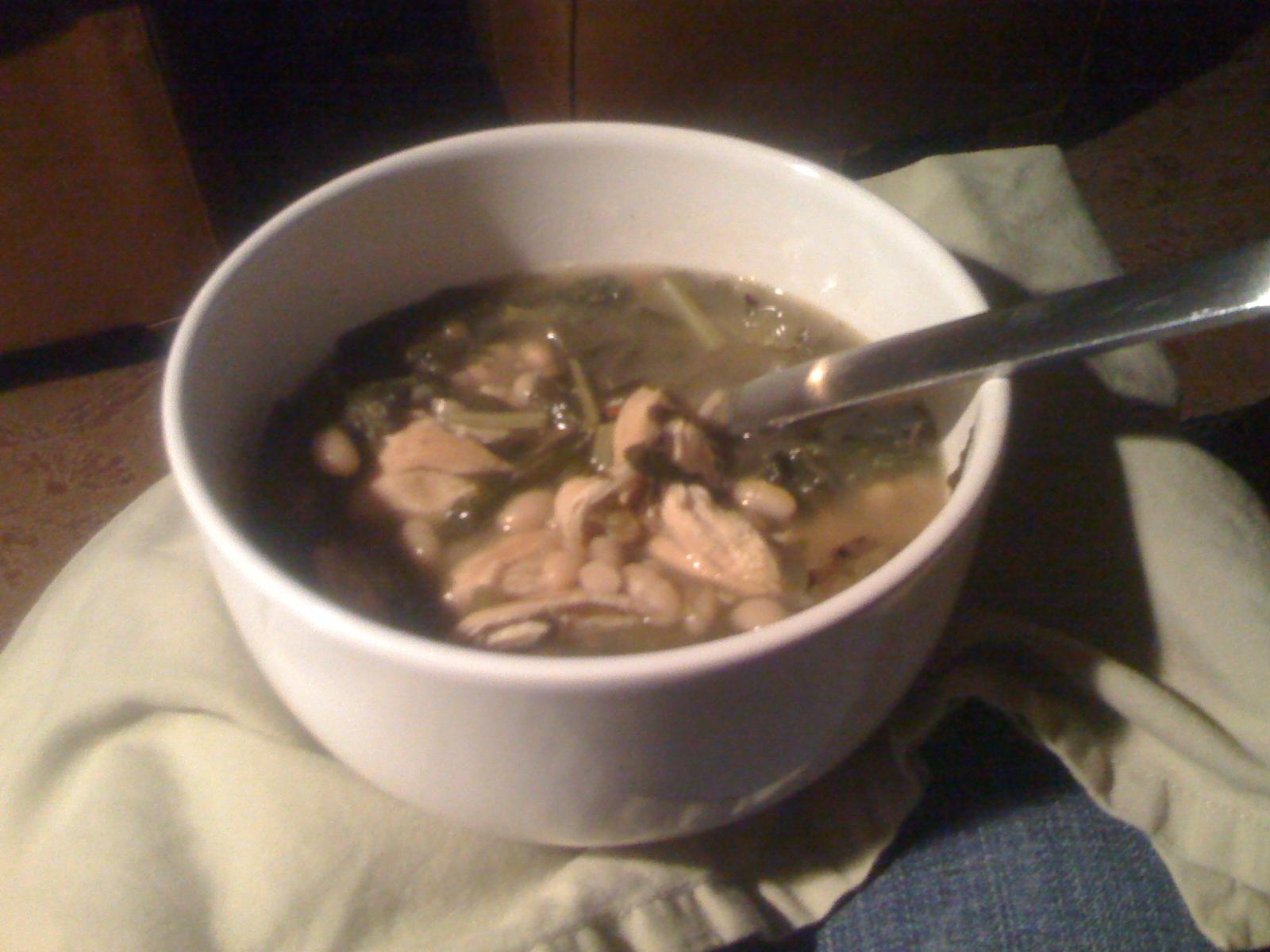 Paula Deen's White Bean Chili with Collard Greens3