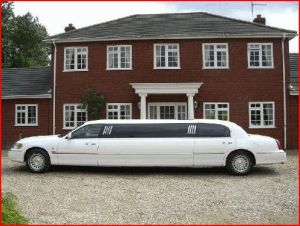 Lincoln Stretch Elite Limos for Hire