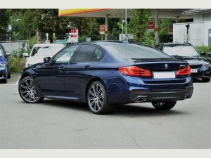 BMW 5 SERIES TOURING - Sports Cars