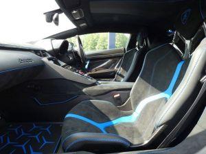 Lamborghini Aventador Svj Coupe birmingham limos