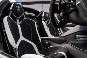Lamborghini Aventador cheap limo hire birmingham