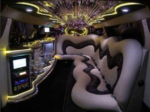 Chrysler C300 Baby Bentley Limo for Hire