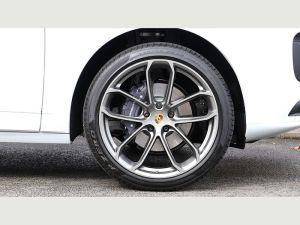 Porsche Cayenne Chauffeurs Hire London SportsCar in UK