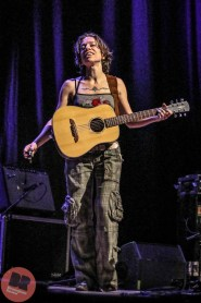 BREVIEW: Ani DiFranco @ Town Hall 30.06.17 / Cameron Goodyer - Birmingham Review