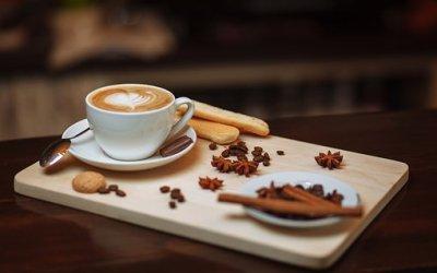 Membangun Daya Kritis Birokrat dengan Library Café: Mungkinkah?