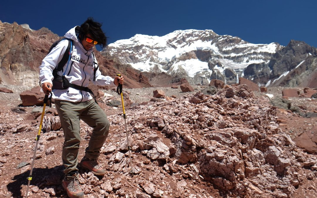 Birokrat yang Bermitra dengan Gunung