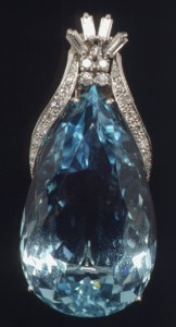 March_Meaning_Aquamarine_platinum_diamond