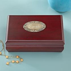 Classic wood jewelry box