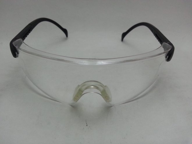 Jual Safety Glasses / Kacamata Laboratorium