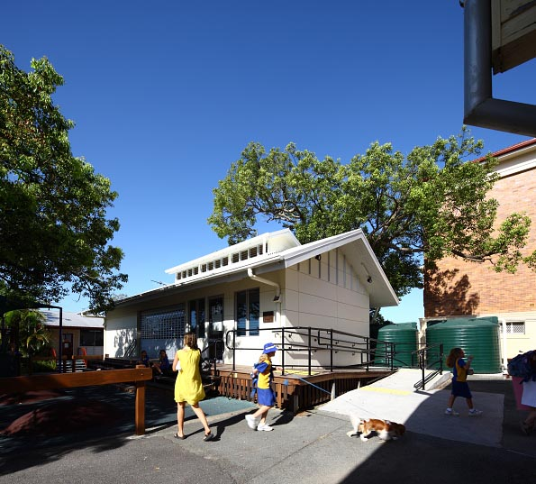 OHSC building at Bulimba State School by biscoe wilson | architects